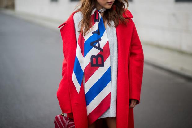 Фото №1 - Логомания: Хочешь быть модной? Оденься, как FACE