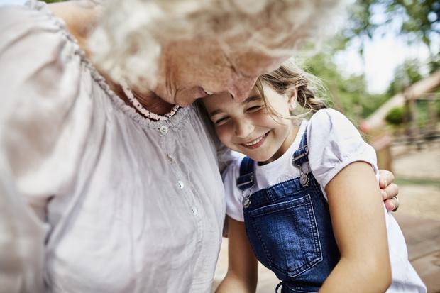 Фото №2 - Тайно крестила внука и еще 12 историй, что творят бабули
