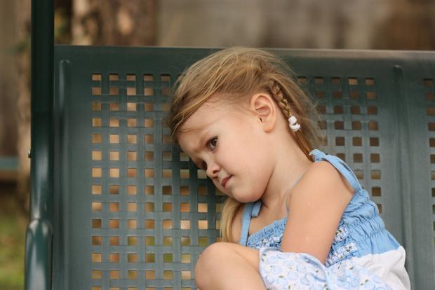 Фото №1 - Ради конкурса красоты мама кормила свою дочь ленточными червями