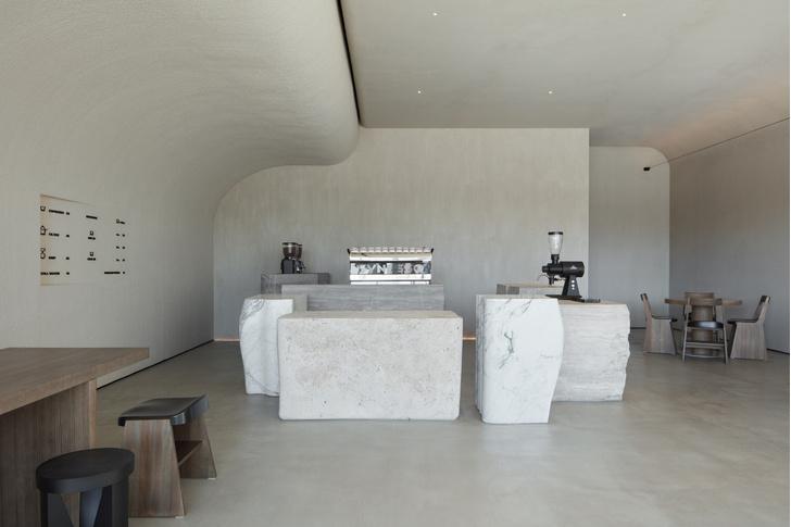 Фото №4 - Уединенный оазис: кофейня Orijins в Дубае