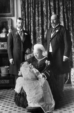 Фото №3 - Гардероб королевских малышей: как одевают детей в британской монаршей семье