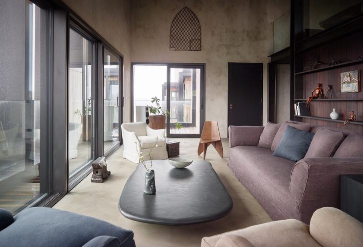 Фото №2 - Двухэтажная квартира в здании бывшего завода в Антверпене