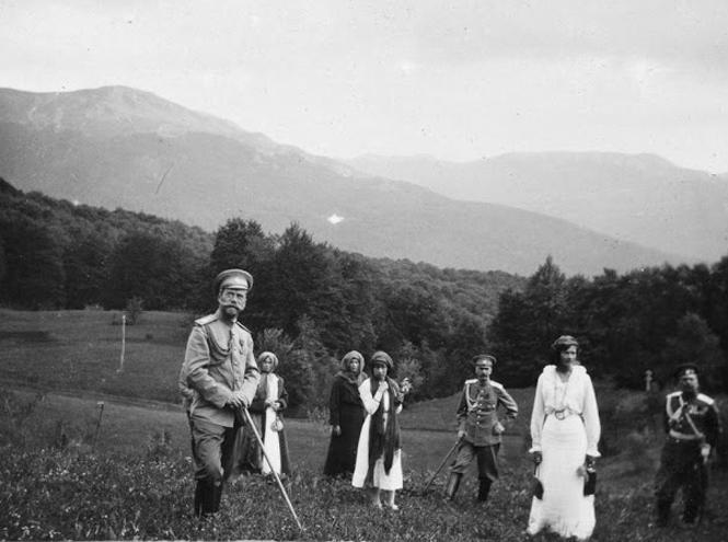 Фото №2 - Милые и забавные архивные фото царской семьи Романовых