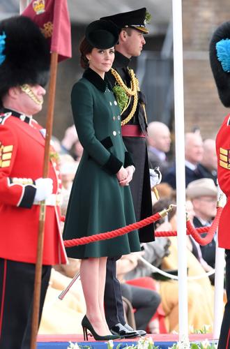 Фото №2 - Не дождетесь: герцогиня Кембриджская в отличном настроении
