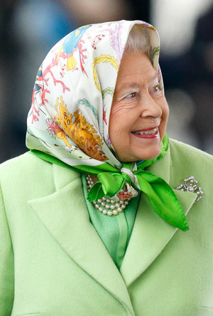 Фото №3 - Давняя привязанность: история одной модной страсти Королевы