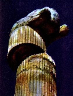 Фото №2 - Пламя над Персеполем
