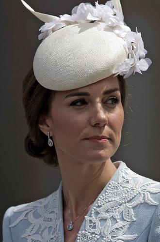 Фото №26 - Драгоценности герцогини: любимые ювелирные бренды Кейт Миддлтон