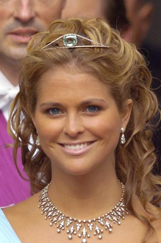 Фото №80 - От бижутерии до бриллиантов: тиары шведской королевской семьи