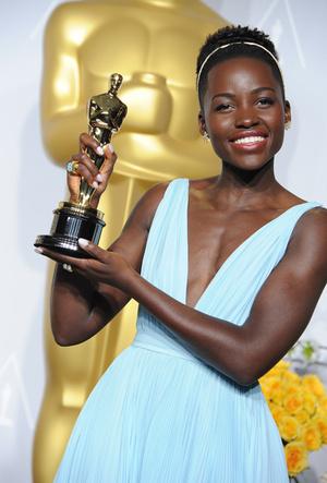 Фото №34 - Легенды «Оскара»: самые известные платья в истории премии