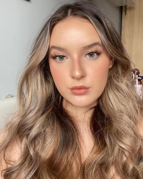 Фото №2 - Макияж для блондинок, брюнеток и рыжих: модные тренды лета 2021