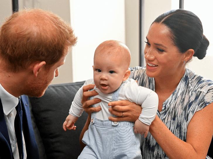 Фото №1 - Принц Гарри и герцогиня Меган поделились неизвестным фото Арчи