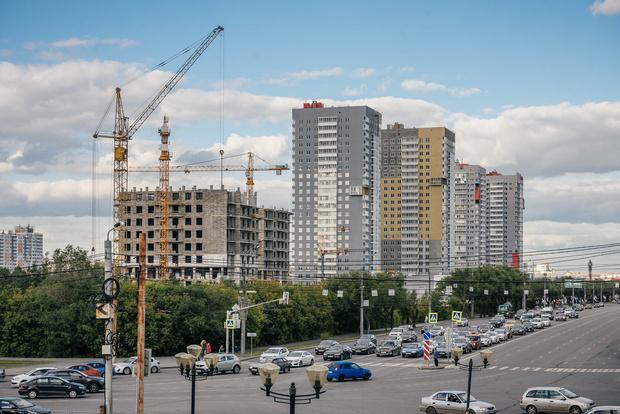 Фото №1 - Путин потребовал уменьшить число отказов по льготной ипотеке