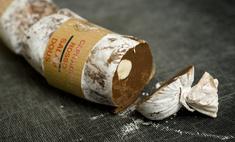 Как приготовить сладкие колбаски из какао и печенья, которые тают во рту?