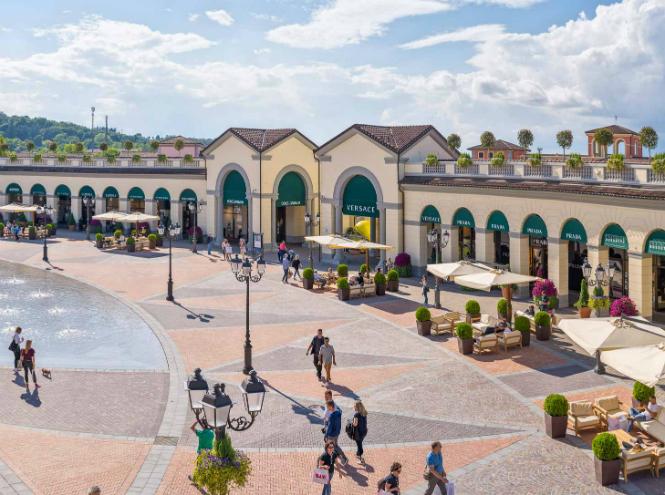 Фото №1 - То, что доктор прописал: шопинг-терапия в итальянском аутлете Serravalle Designer Outlet