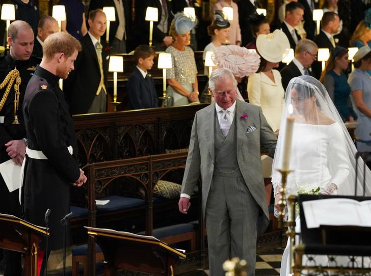 Фото №4 - Майские невесты: чем будут отличаться свадьбы принцессы Беатрис и герцогини Меган