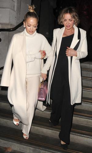 Рита Ора и ее мама
