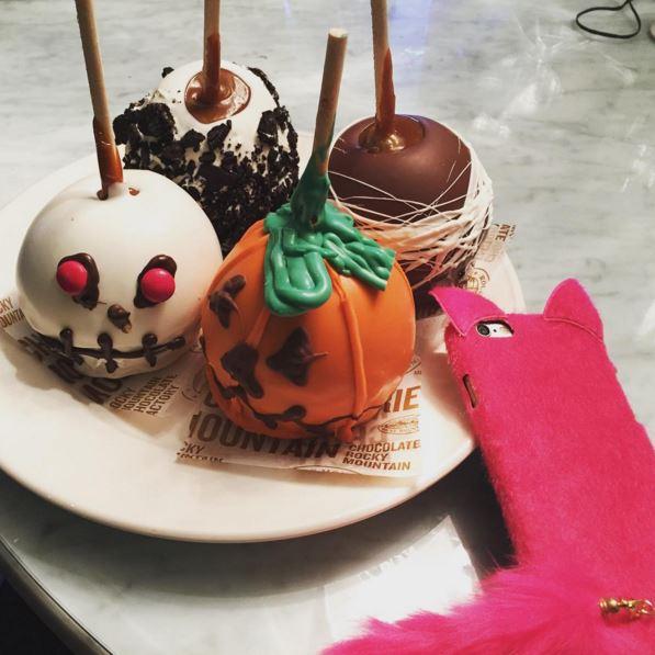 Фото №30 - Звездный Инстаграм: И снова Хэллоуин
