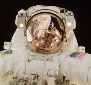 Фото №1 - Астронавты NASA не вышли в космос