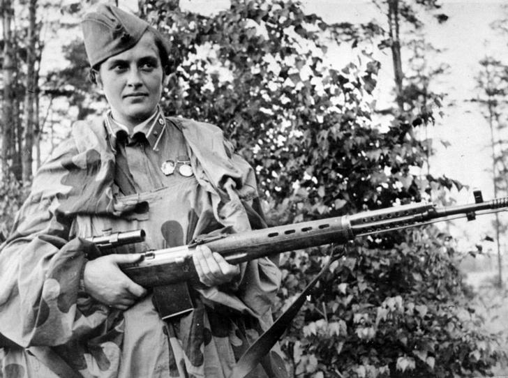 Фото №3 - Защитники в юбках: истории женщин, совершивших подвиги на Второй мировой войне
