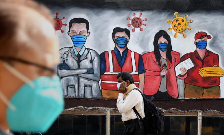 Фото №1 - Из-за масок люди теряют способность узнавать лица