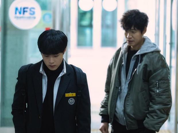 Фото №10 - Звезда дорамы «Чудесный слух» Чо Бён Гю ответил на обвинения в школьном буллинге