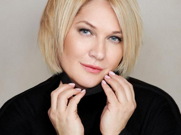 Фото №4 - Елена Подкаминская: о любимой укладке и уходе за волосами