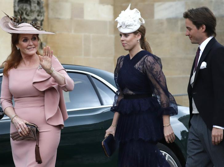 Фото №2 - Новая жизнь: какой титул принцесса Беатрис получит после свадьбы