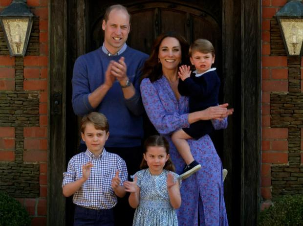 Фото №1 - Какие титулы получат Джордж, Шарлотта и Луи, когда их отец станет королем
