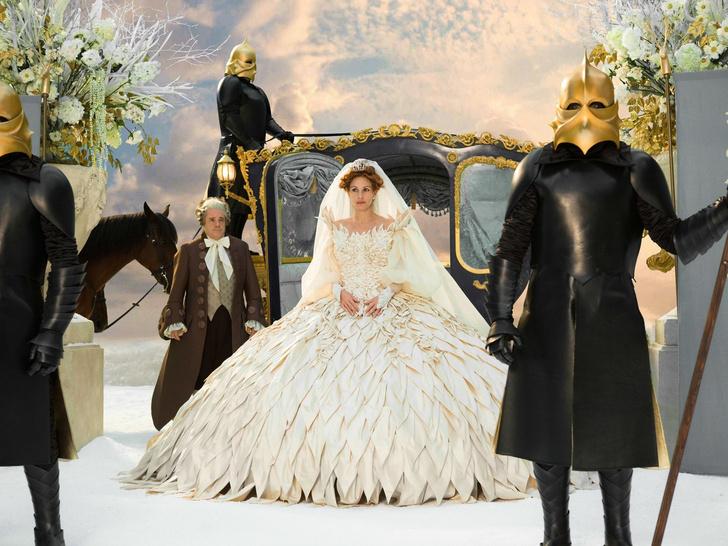 Фото №11 - 10 самых красивых свадебных платьев в истории кино