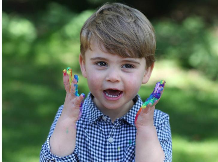 Фото №1 - Принц Луи Кембриджский: второй год в фотографиях