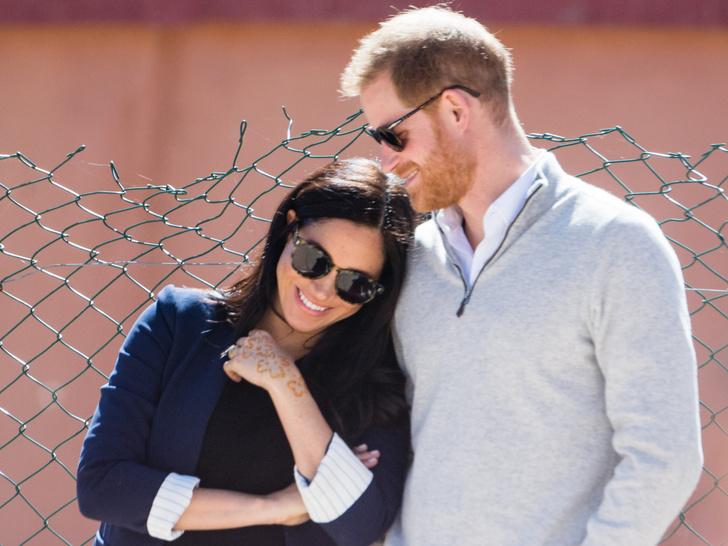 Фото №2 - Продуманный ход: кому (и зачем) нужна вторая беременность герцогини Меган