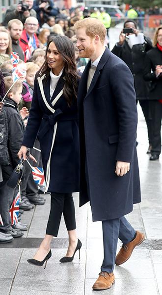 Фото №6 - Меган Маркл и принц Гарри приехали в Бирмингем