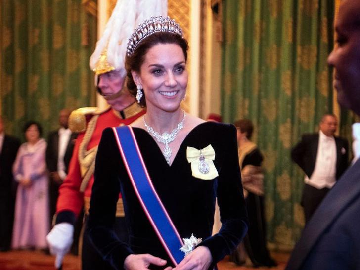 Фото №1 - Взгляд в будущее: какой королевой будет герцогиня Кейт