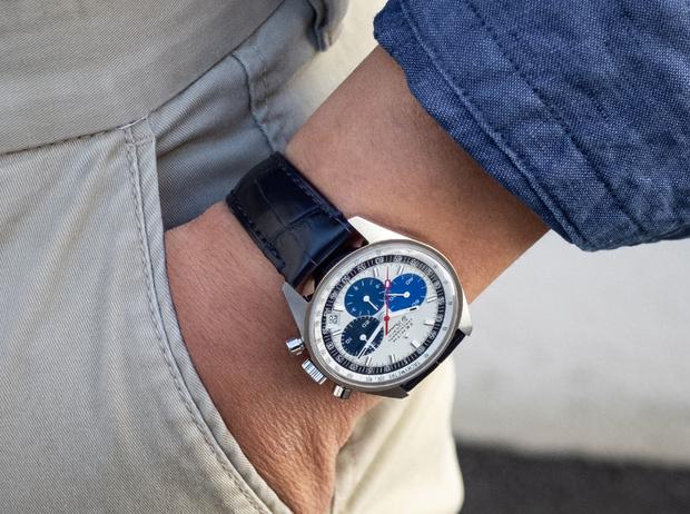 Фото №1 - Бренд Zenith представил часы Chronomaster Revival Manufacture Edition