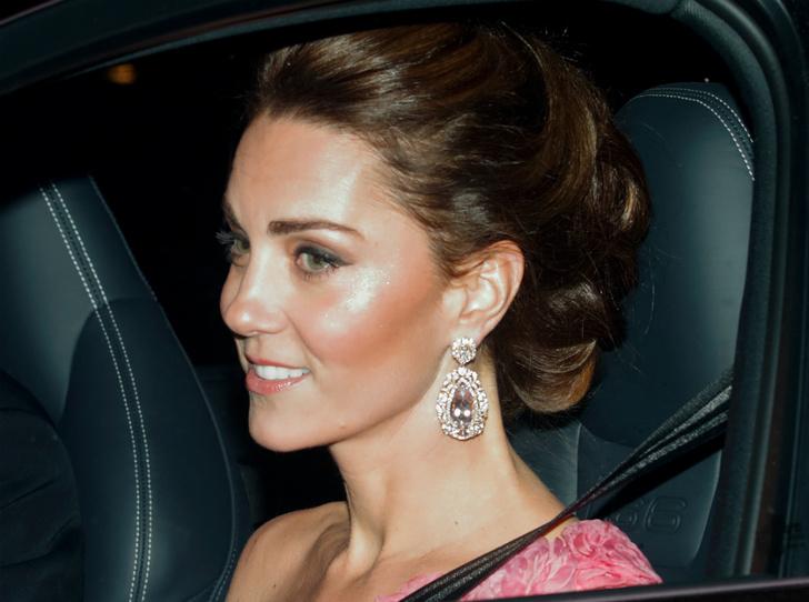 Фото №3 - Продуманный шаг: зачем герцогиня Кейт подружилась со стилистом Королевы