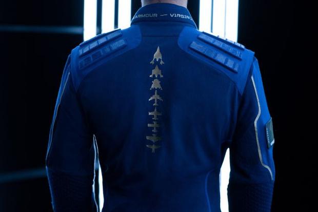 Фото №3 - Ричард Бронсон и Virgin Galactic показали коллекцию одежды для космических туристов (фото и видео)