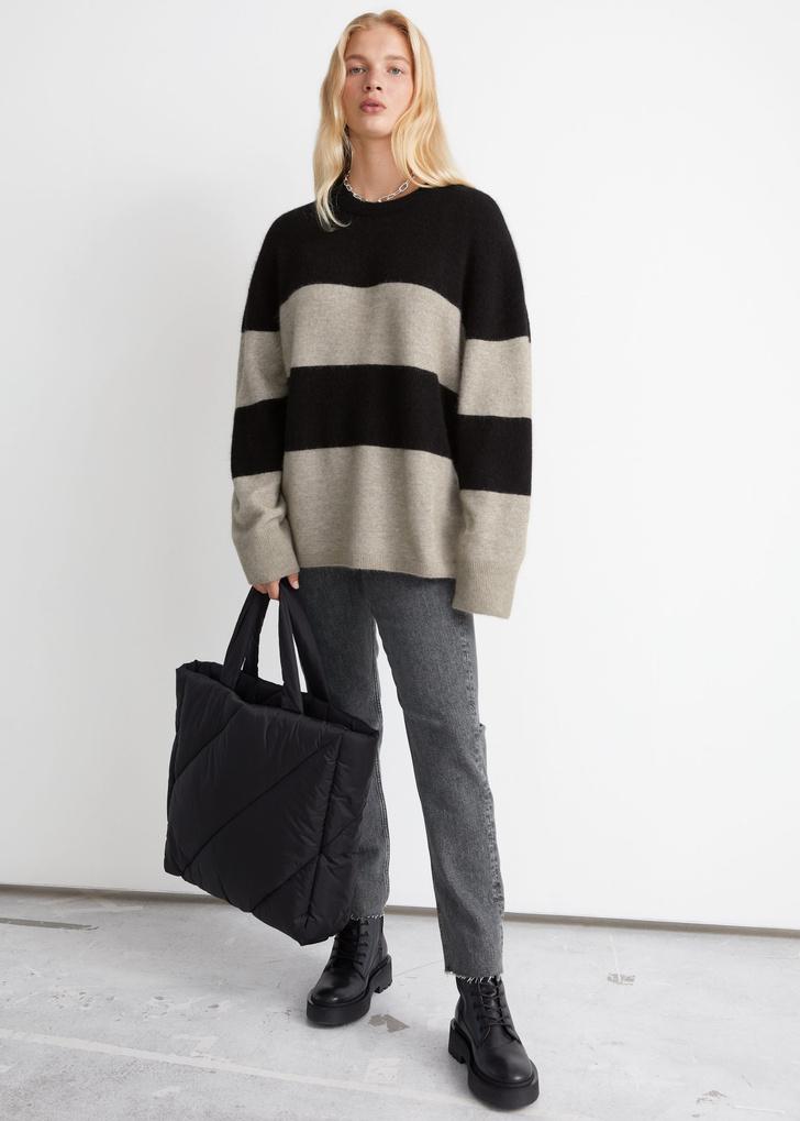 Фото №11 - Полосатый свитер— модное спасение от осенней хандры. И вот 10 классных вариантов на каждый день