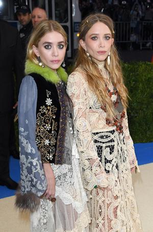 Фото №9 - А две лучше: как сестры Олсен покорили мир моды