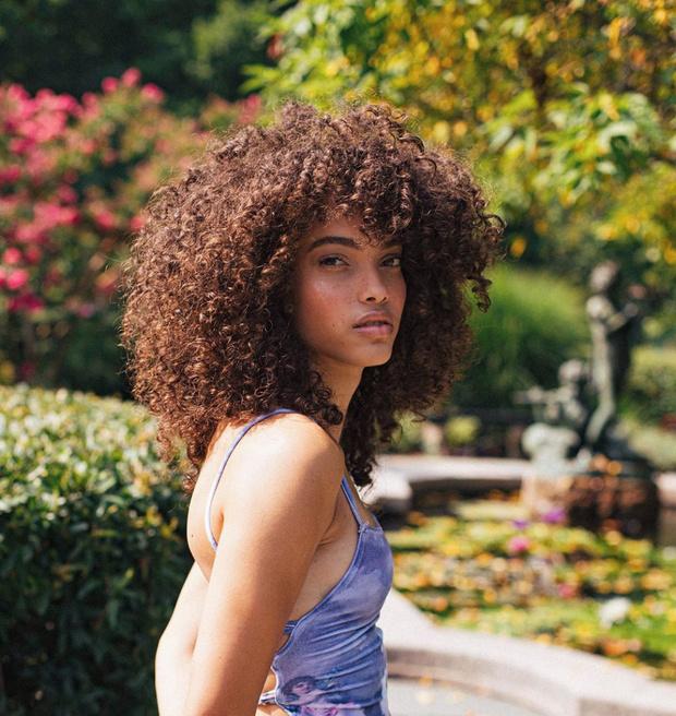 Фото №3 - Кто эта девушка из нового клипа Ленни Кравица?