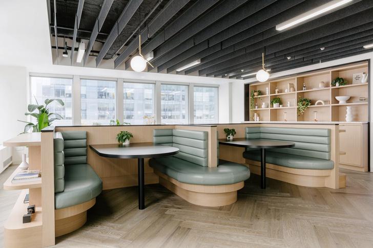Фото №2 - Офис в светлых тонах в Нью-Йорке