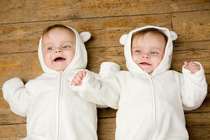 Фото №1 - Ученые сравнили геномы однояйцевых близнецов