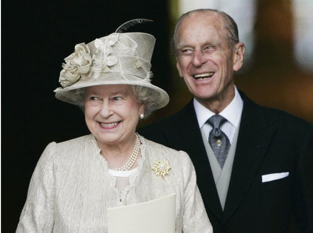 Фото №1 - Пока смерть не разлучит: почему Королева никогда не развелась бы с принцем Филиппом