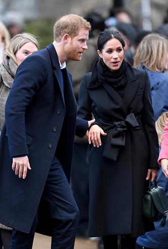 Фото №14 - Принц Гарри и Меган Маркл впервые посетили столицу Уэльса