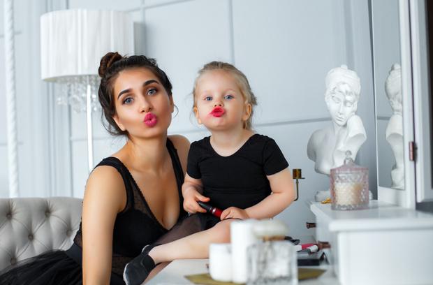 Фото №2 - Блогер Лейла Мешкова: молодые мамы превращают свою жизнь в декрете в ад