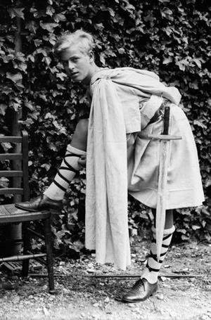 Фото №10 - Молодой принц Филипп: редкие и забытые фото супруга Елизаветы II