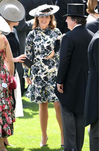 Фото №8 - 3 в 1: как британские модницы носят похожие платья Erdem