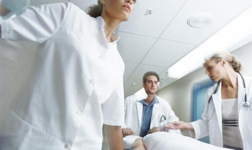 Фото №1 - Почему массово увольняются врачи, спасавшие погорельцев «Хромой лошади»