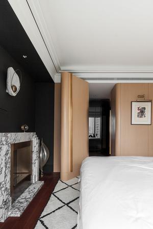 Фото №10 - Эклектичная квартира с винтажной мебелью в Шанхае