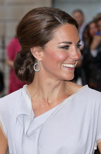 Фото №9 - Драгоценности герцогини: любимые ювелирные бренды Кейт Миддлтон