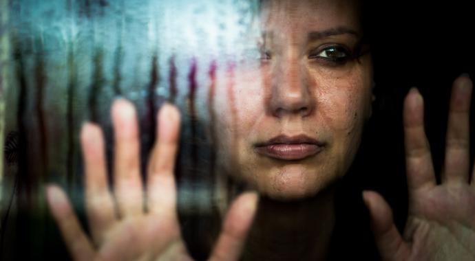 «Он избивал меня пять часов»: история домашнего насилия